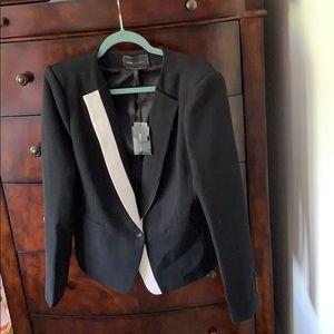 Bnwt BCBGMAXAZRIA black/white trim blazer Large
